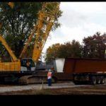 kobelco CK1600 unloading beams timelapse