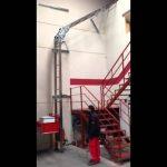 ladder hoist / monte-materiaux